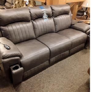 Southern MotionSilver Screen SoCozi Power Reclining Sofa w/Headrest