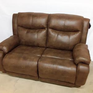Southern MotionVelocity Power Reclining  Loveseat w/Headrest