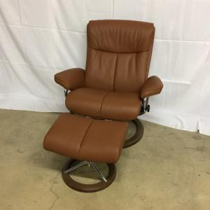 EkornesStressless Peace Large Chair&Ottoman Signature Base