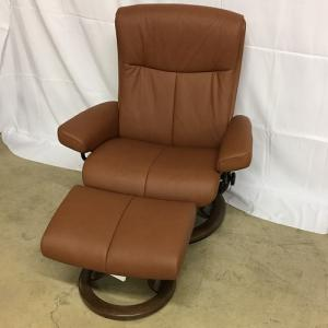 EkornesStressless Peace Large Chair&Ottoman Classic Base