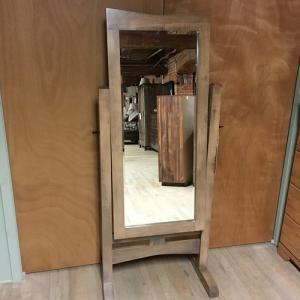 Country Value WoodworksHomestead Maple Cheval Mirror