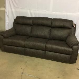 Southern MotionBlue Ribbon Power Reclining Sofa w/Headrest