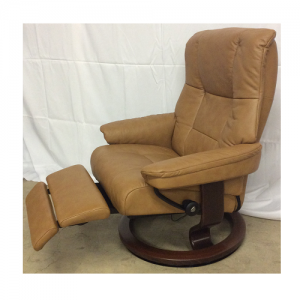 EkornesMayfair Large w/Leg Comfort/Brown Base
