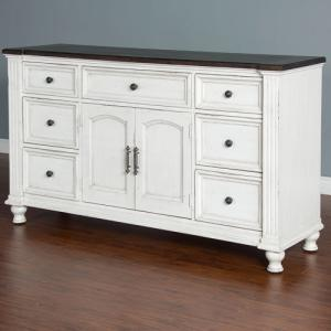 Sunny DesignsCarriage House Dresser